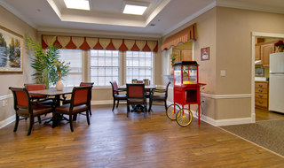 Community room olive branch assisted living
