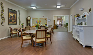 Community dining murfreesboro assisted living