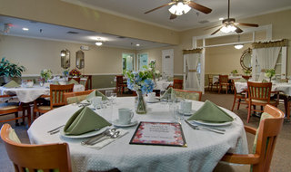 Dining set murfreesboro assisted living