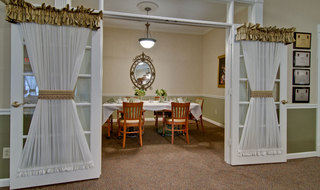 Family dining murfreesboro assisted living