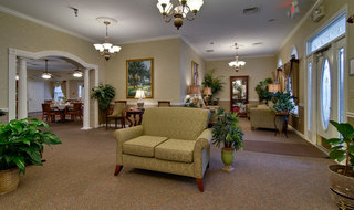 Murfreesboro assisted living foyer