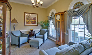 Rolla assisted living reading lounge