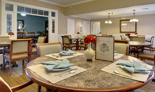 Dining set covington assisted living