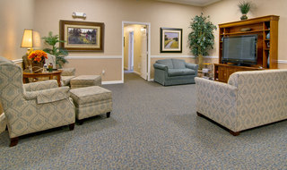 Tv lounge at covington assisted living