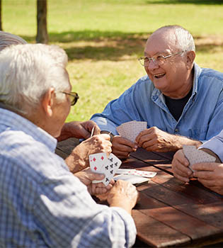 Activities and social events for assisted living with Teal Lake.