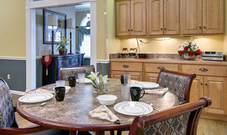 Moberly assisted living dining set