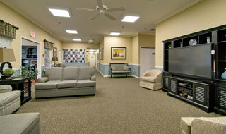 Moberly assisted living tv lounge