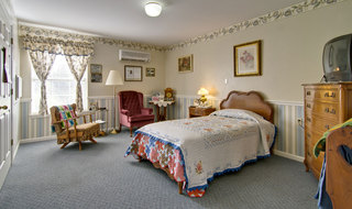 Single bedroom at moberly assisted living