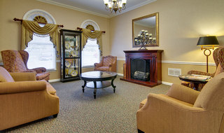 Fire side lounge at poplar bluff assisted living