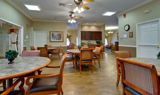 Poplar bluff dining hall assisted living