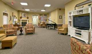Tv lounge poplar bluff assisted living