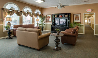 Savannah assisted living tv lounge