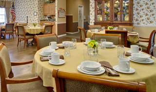 Catered dining at washington assisted living