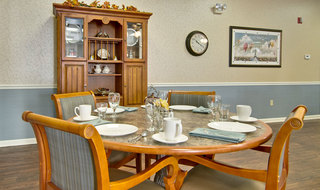 Catered dining at neosho assisted living