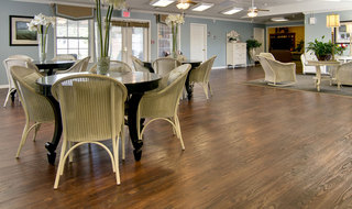 Dining area at neosho assisted living