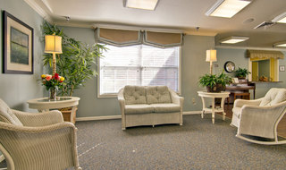 Neosho assisted living entrance lounge