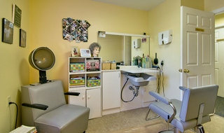 Neosho assisted living hair salon