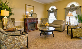 Kennett assisted living fire place lounge