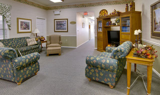 Tv lounge at mexico assisted living