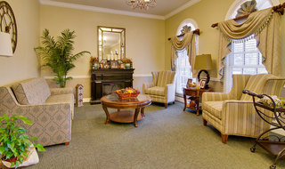 Collierville assisted living community seating