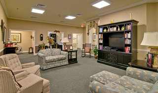 Collierville assisted living community tv area
