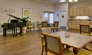 Collierville assisted living piano kitchen