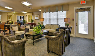 Assisted living seating for seniors in henderson