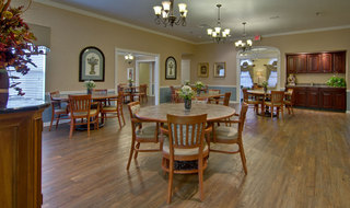 Dining area for assisted living residents in henderson