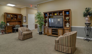 Assisted living tv area in springfield
