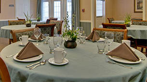 Services and amenities for senior living residents at Parkside.