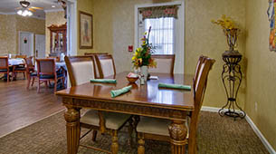 Services and amenities for senior living residents at Silver Creek.