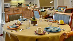 Services and amenities for senior living residents at Sugar Creek.