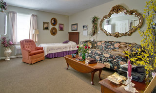 Model bedroom for assisted living senior in union