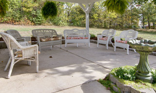 Union community patio for assisted living residents