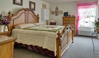 Union model assisted living bedroom