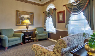 Assisted living seating area in union city