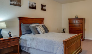 Assisted living model bedroom in jefferson city