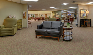 Assisted living seating area in kansas city