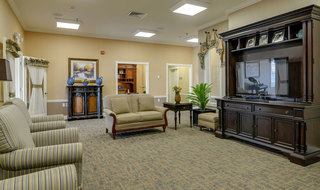 Assisted living community tv area in columbia