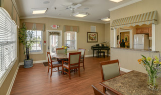 Columbia assisted living table and chairs