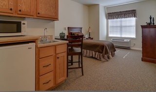 Model columbia assisted living bedroom