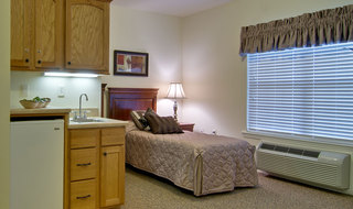 Model fairview heights assisted living bedroom