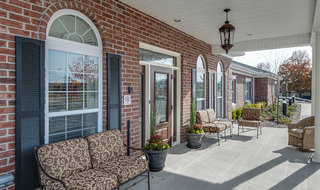 Assisted living community porch in memphis