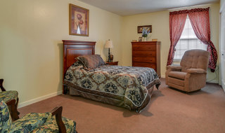 Small bedroom smyrna assisted living