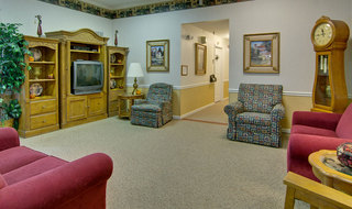 Columbia assisted living tv lounge