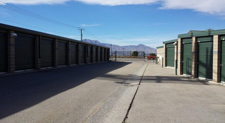 Large storage unit in west jordan