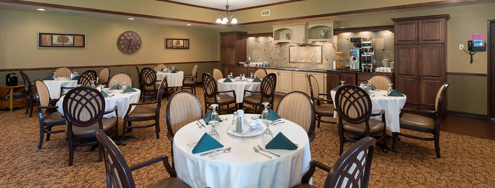 Professional chefs to prepare your meals at the senior living facility in Dodge City