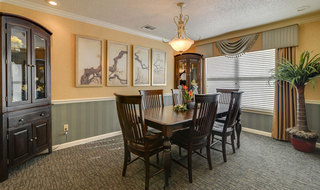 Dining room pittsburg assisted living