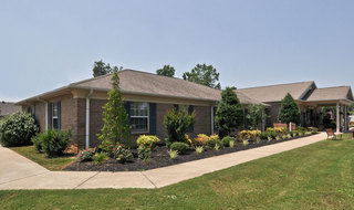 Clarksville assisted living outer walkway