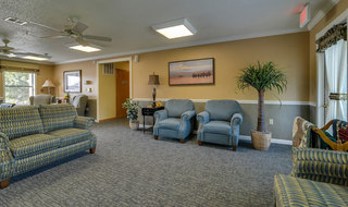 Pittsburg assisted living tv lounge